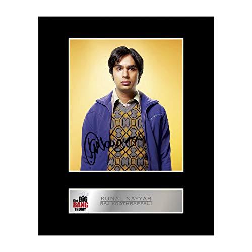 Iconic pics Photo dédicacée encadrée de Kunal Nayyar, Raj Koothrappali The Big Bang Theory