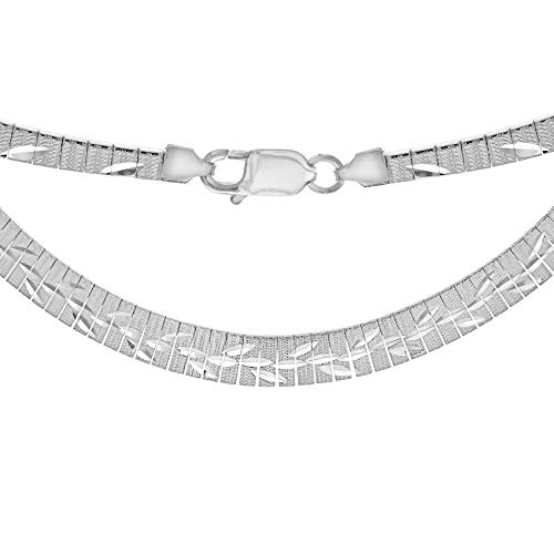 Tuscany Silver Sterling Silver Leaf Patterned Graduated Cleopatra Necklace of Length 43.0cm