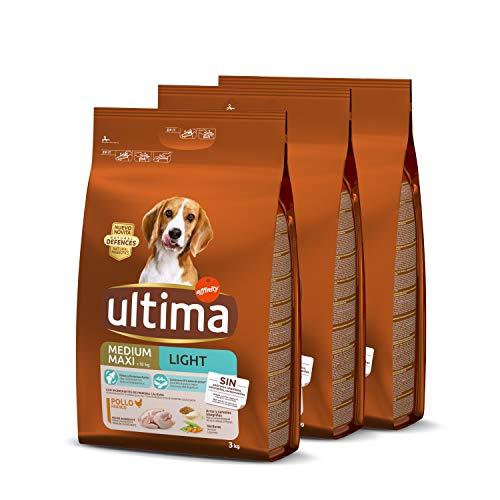 Ultima pienso para perro Medium-Maxi Light con pollo, pack de 3 x 3 kg - Total 9 kg ✅