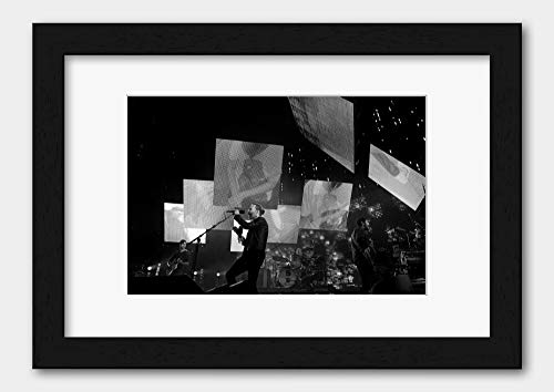 Radiohead - Thom Yorke Rod Laver Arena 2012 Poster Black Frame A3 (29.7x42cm) White
