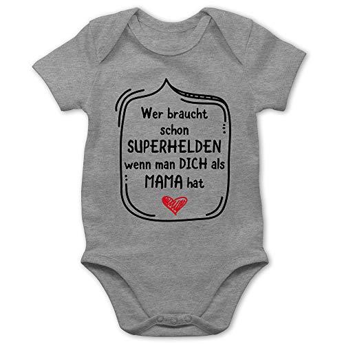 Muttertagsgeschenk Tochter & Sohn Baby - Wer braucht Schon Superhelden wenn Man Dich als Mama hat - 3/6 Monate - Grau meliert - Geschenk - BZ10 - Baby Body Kurzarm für Jungen und Mädchen