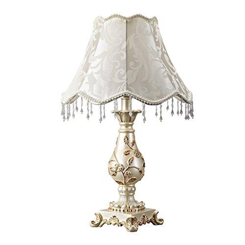 Bonne chose lampe de table Lampe de table européenne Chambre à coucher Princesse Décoration de mariage chaleureuse Salon de lit de luxe Lampe de table