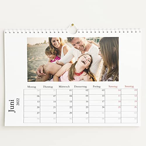 sendmoments Fotokalender 2022, Schönes Jahr, Wandkalender mit persönlichen Bildern, Kalender für Digitale Fotos, Spiralbindung, DIN A4 Querformat, optional mit Veredelung