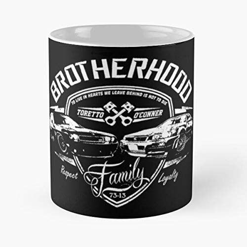 everyonic Rock Vindiesel Paulwalker Fastandfurious Fast7 Fast Furious Diesel Therock Vin and The Best Mug hält Hand 11oz aus weißer Marmorkeramik