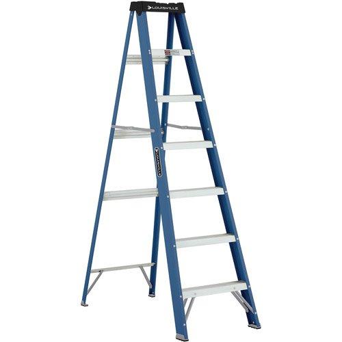 7' Fiberglass Ladder, Non-conductive w/ 3' deep, slip-resistant aluminum steps
