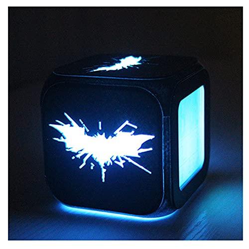 スーパーヒーロー・バットクリエイティブ3D三次元小さい目覚まし時計LEDナイトライト夢のような雰囲気ライト - USBの充電