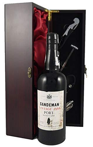 Sandeman Vintage Port 1966 en una caja de regalo forrada de seda con cuatro accesorios de vino, 1 x 750ml