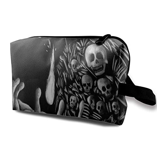 XCNGG Travel Makeup Storage Bag Portable Toiletry Handbag Small Cosmetic Organizer Pouch for Women & Men Skull And Crossbones Pattern