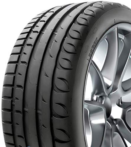 1 PNEUMATICO GOMMA 235/40 R18 ORIUM 95Y ULTRA HIGH PERFORMANCE. XL MICHELIN PERFORMANCE auto estivi