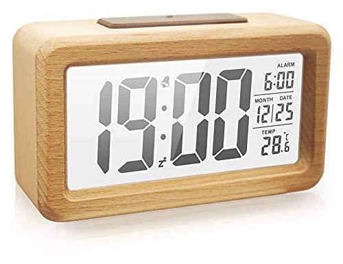 Reloj despertador digital de madera con luz de fondo transparente, sensor inteligente de luz nocturna con fecha de repetición, temperatura de roble sólido, funciona con pilas, color marrón oscuro