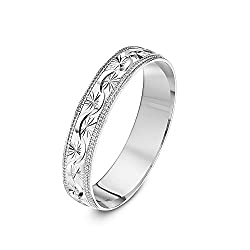 Solid 9 ct gold (375 hallmark) ring, handmade using pure fine gold Manufactured in London (UK) - Patterns are created by skilled diamond cutters using a diamond cut edge machine Highly polished finish ensures a mirror-like shine Heavy D shape - A ter...