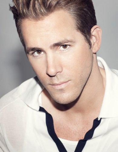 WonderClub Ryan Reynolds 8.5