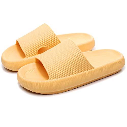 ZMMA Zapatillas de Ducha Tipo Almohada, Antideslizantes, de Secado rápido, Punta Abierta, Sandalias de Suela Gruesa Ultra Suave, Zapatos para Playa, al Aire Libre, Unisex 2-3 Amarillo