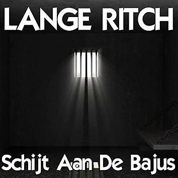 Schijt Aan De Bajus (feat. Rwina-B)