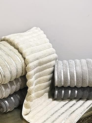 Bera Towel Set