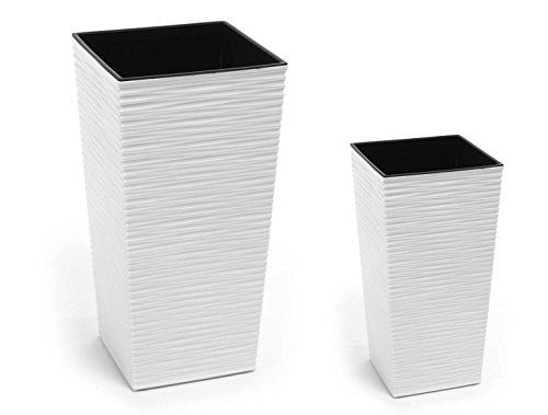 2 Stück KREHER Design Pflanzkübel aus Kunststoff in Strukturiertem Matt Weiß mit herausnehmbaren Einsatz. Maße BxTxH in cm: 40 x 40 x 75,3 cm und 30 x 30 x 57 cm