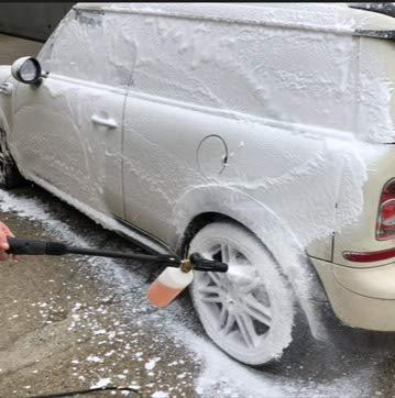 Dirtbusters Snow Foam Shampoo - professioneller Autopflegereiniger - sicher, ungiftig, mit Hochglanzwachs und Süßkirschduft - für die professionelle Autowäsche - 5 Liter (1)