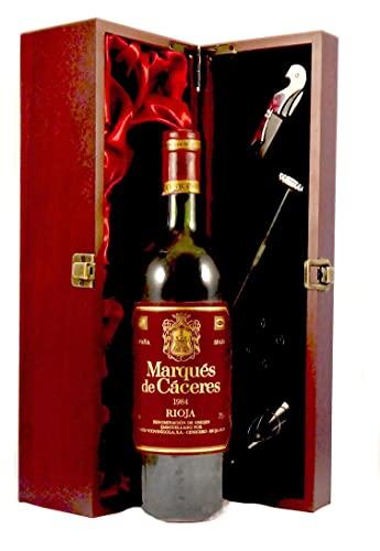 Marques de Caceres Rioja 1984 en una caja de regalo forrada de seda con cuatro accesorios de vino, 1 x 750ml