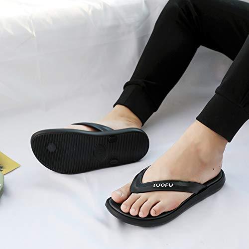 MYSdd Verano Nuevas Chanclas Simples para Hombres, Transpirables, Antideslizantes, Impermeables, Clip para pies, Zapatillas para Exteriores, Zapatos de Playa - negro44 un tamaño Demasiado pequeño