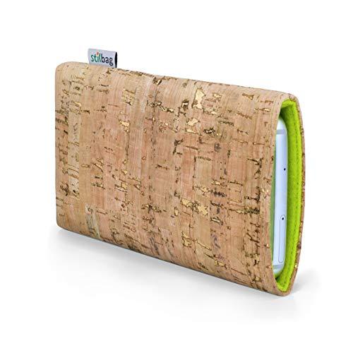 stilbag Funda para teléfono móvil Vigo para Xiaomi Redmi Go | Bolsa para Celular Smartphone Made in Germany | Natural con Corcho Dorado, Fieltro de Lana Verde Manzana