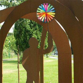 CIM Windspiel - Magic Wheel Twin 45 - UV-beständig und wetterfest - Windräder: 2xØ45cm, Höhe: 112cm - inkl. Fiberglasstab - Vielseitige Haus und Gartendekoration