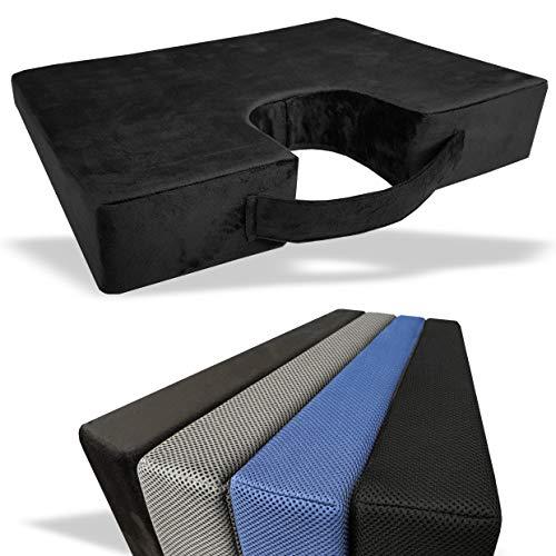 Medipaq Memory Foam Wigvormig Kussen voor Rugondersteuning en Verhoging met Stuit Uitsparing - Wasbare Hoes met Ritssluiting