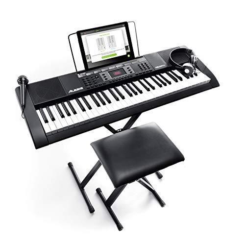 Alesis Melody 61 MKII - Pianola, Tastiera Musicale Portatile con Cuffie, Casse Integrate, Microfono, Stand, Leggio, Sgabello e 61 Tasti