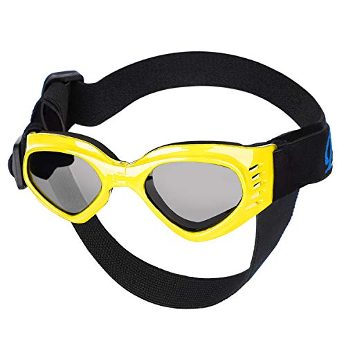 Petarty Dog Goggles for Pugs, Dog Glasses with Strap, UV Protection Dog Sunglasses with Chin Strap Adjustable, Anti-Fog Windproof Pet Goggles Sun Glasses for Small to Medium Dogs Puppies Cats, Yellow