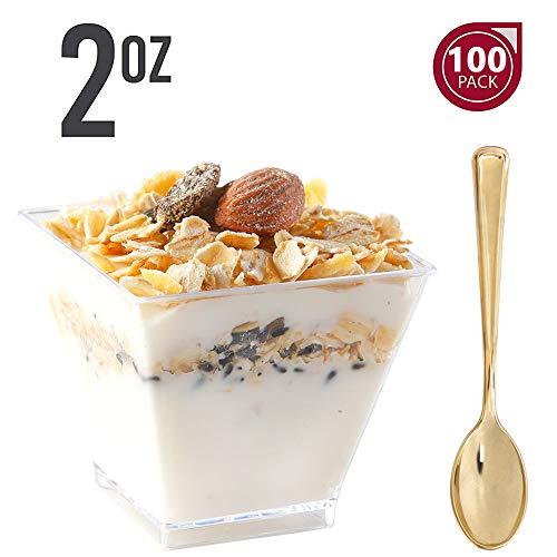 200 vasos de postre cuadrados de plástico transparente con mini cucharas, calidad premium, incluye 100 mini tazas desechables de 2 onzas y 100 cucharas doradas