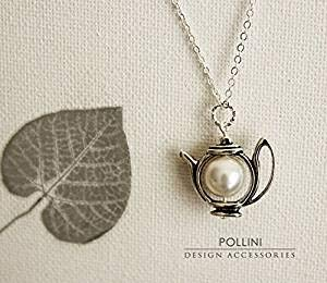 Teiera collana. Argento antico teiera con perle. Pastello. Gift for Her