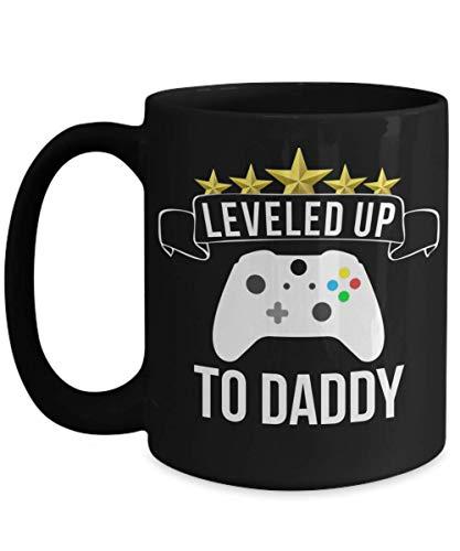 New Dad Mug for Husband Funny Pregnancy Announcement Taza de té Negra para Amantes de los Videojuegos Regalos para Hombres nivelados hasta Daddy Gifts para papás primerizos