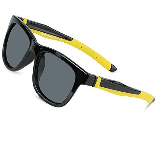 DUCO Kinder Sonnenbrille Polarisierte Sportbrille TPEE Flexibeles Gestell für Jungs und Mädchen K009 (Schwarz)