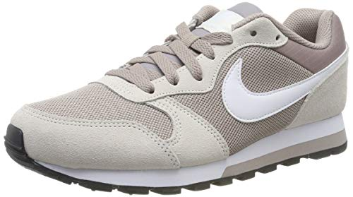 Nike MD Runner 2, Zapatillas de Running Mujer, Multicolor (Pumice/White/Phantom/Black 201), 38 1/2 EU