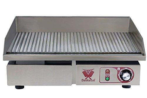 Beeketal \'BGP-c\' Profi Gastro Gusseisen Grillplatte elektrisch mit 55 x 35 cm Grillfläche (geriffelt), stufenlos 50-300 °C (3000 Watt), Elektrogrill mit Spritzschutz und Fett Auffangbehälter
