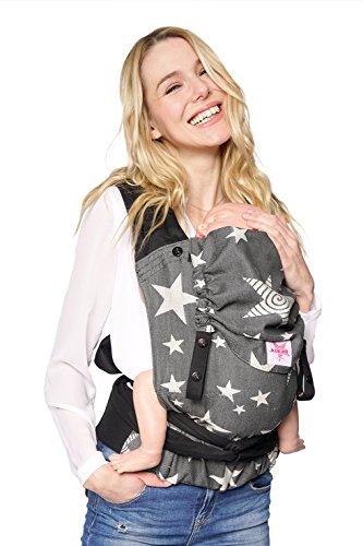 Babytrage KOKADI® TaiTai Diorite Stars - Baby & Kleinkinder ✓ Ergonomisch ✓ Steg verstellbar ✓ ab Geburt ✓ 100% Bio-Baumwolle ✓ GRATIS Beutel … (Baby | 3,5-15kg)