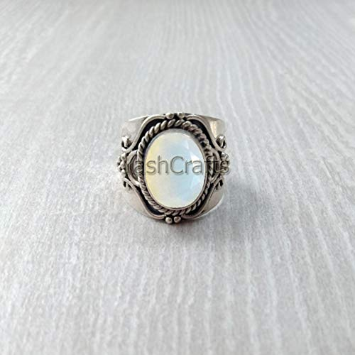 Natural White Onyx Ring by YashCrafts