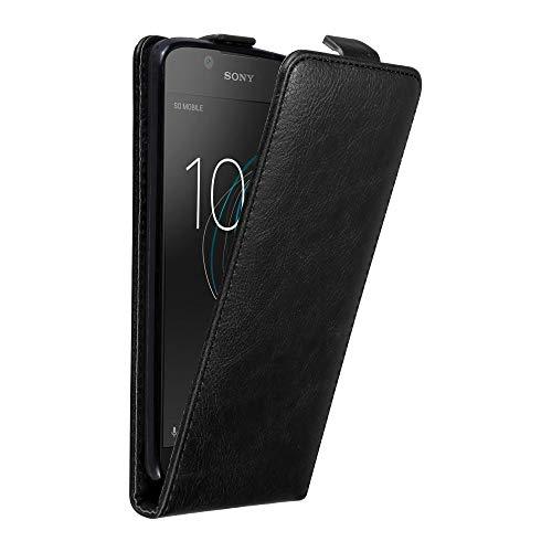 Cadorabo Hülle für Sony Xperia L1 in Nacht SCHWARZ - Handyhülle im Flip Design mit unsichtbarem Magnetverschluss - Hülle Cover Schutzhülle Etui Tasche Book Klapp Style