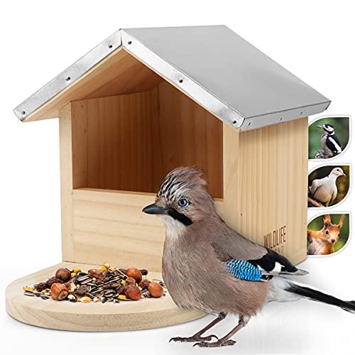 WILDLIFE FRIEND I Großes Robustes Vogel-Futterhaus speziell auch für große Vögel wie Spechte, Eichelhäher, Elstern & Co. Aus Massivholz mit Metall-Dach, Futterstation, Vogelhaus, Futterspender