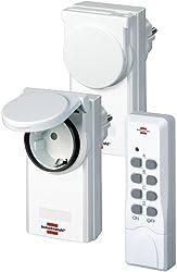 Brennenstuhl Funkschalt-Set RCS 1044 N Comfort, 2er Funksteckdosen Set (mit Handsender, IP44 Schutz und erhöhter Berührungsschutz)