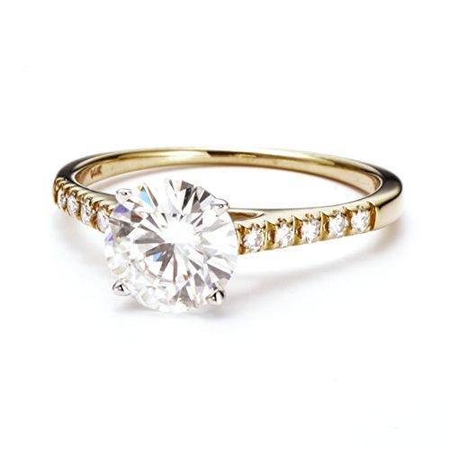 Charles & Colvard Forever One anillo de compromiso - Oro amarillo 14K - Moissanita de 8 mm de talla redonda, 2.15 ct. DEW, talla 17