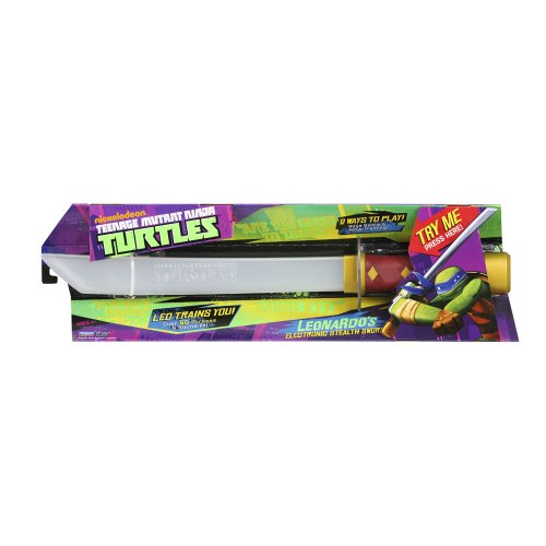 Richiede 3 x Batterie AAA Teenage Mutant Ninja Turtles LED Treni You Over 50 Frasi e Fx Suoni ! Può Essere Played in Due Modalità Nija Battaglia & Ninja Allenamento Adatto per Età 4+