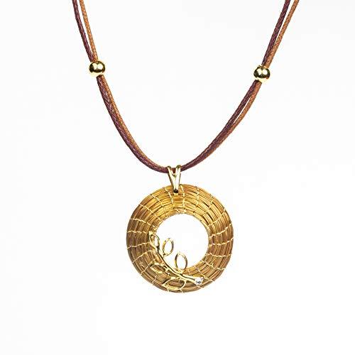 Collar en Oro Vegetal Mandala abierta 3 cm con rama