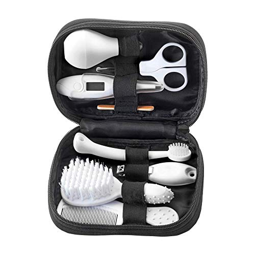 Product Image of the Tommee Tippee Closer to Nature Healthcare & Grooming Kit