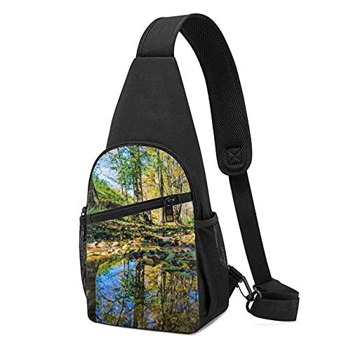 DJNGN Naturaleza Árboles Reflejo del agua Paisaje Sling Bag Crossbody Viaje Senderismo Cofre Mochila