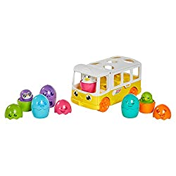 IDEAL FUN: Set off on fun adventures with this baby push-along toy with spinning driver and 5 character passengers: Penguin, Chick, Chicken, Parrot, Duck and Budgie. Featuring cab and passenger compartments to stimulate imaginative play SHAPE SORTER:...