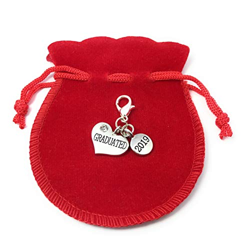 Libby's Market Place Graduated 2019 Clip on Charm with Gift Bag and Graduation Gift Card
