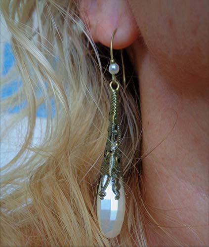 ⊹⊱  PERLAS LARGAS FACETADAS EN BLANCO NATURAL - PENDIENTES DE MANGA LARGA EN BRONCE - GOTAS LARGAS  ⊰⊹ Pendientes únicos con ganchos de forma especial y una pequeña perla