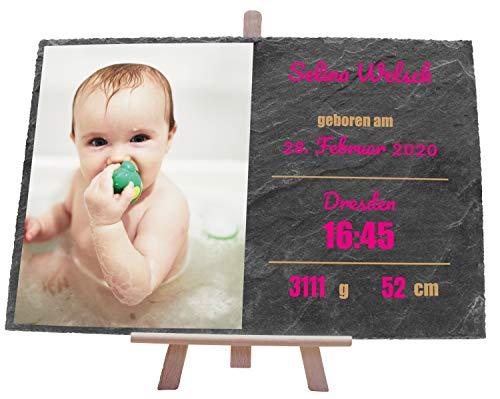 wandmotiv24 Personalisierbare Schiefertafel als Geschenk zur Geburt, 30 x 20 cm, Staffelei, Foto und Geburtsdaten, Erstausstattung Baby-Zimmer, Geschenke für Eltern, Schwangerschaft, Mädchen M0403