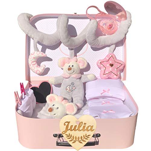 Canastilla bebé recién nacido niña modelo Mi primera maleta rosa con corazón personalizado de regalo, espiral de felpa, doudou, chupete y porta chupetes y conjunto primera puesta.