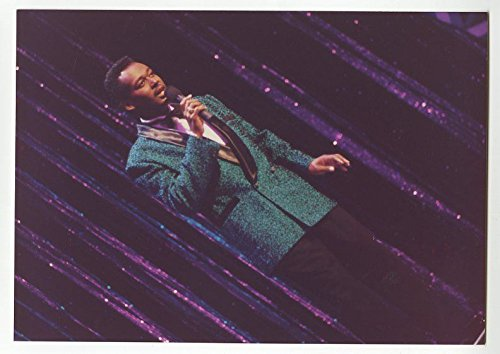 Luther Vandross - Original Vintage Candid Photograph by Peter Warrack